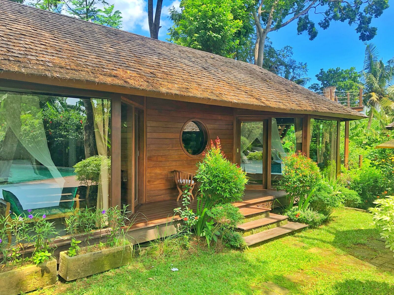UNIQUE WOODEN VILLA AND PEACEFUL SURROUNDING IN CANGGU