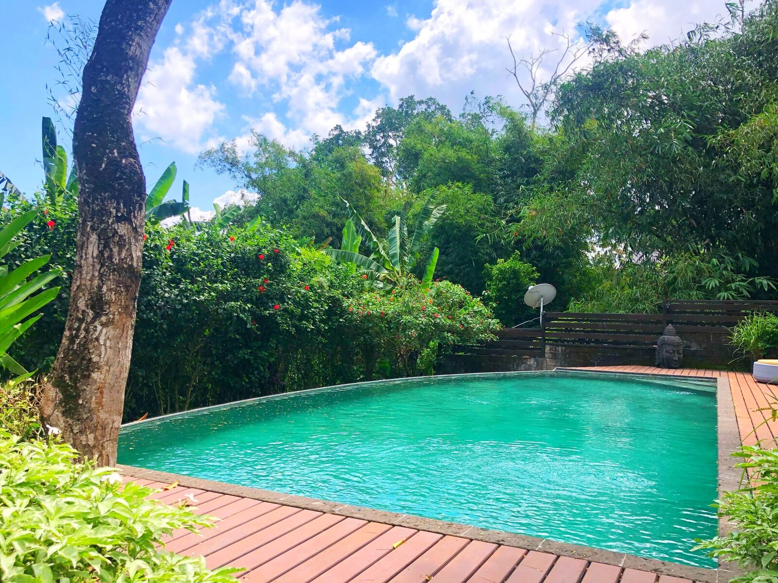 UNIQUE WOODEN VILLA IN A PEACEFUL SURROUNDING IN CANGGU (24 YEARS LEASE)