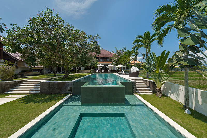 EXCEPTIONAL VILLA OVERLOOKING TO THE RICE PADDY VIEW