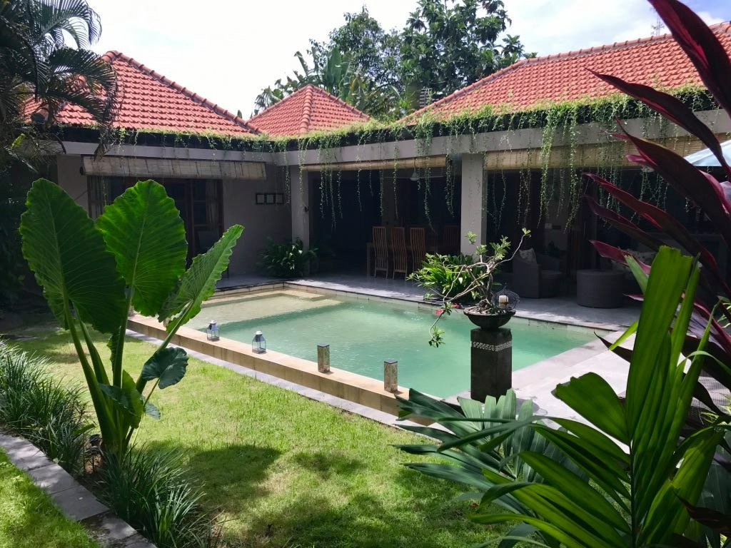 CHARMING 3 BEDROOMS VILLA FOR LEASE 16 YRS